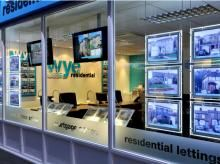 This is another example of our LED light pockets with an effective combinations of our digital screens that are purposely built for displays purposes. The image was taken from one of our recent jobs for an estate agency called Wye. High Wycombe, Led Board, Real Estate Office, Led Panel Light, Digital Signage, Windows, Let It Be, Display, Office Ideas