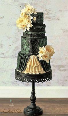 Victorian gothic cake // Black Cake Stand by Opulent Traesures // Cakes Decor // creative cake artist: Sweetlake Cakes Steampunk Wedding Cake, Gothic Wedding Cake, Gothic Cake, Black Wedding Cakes, Beautiful Wedding Cakes, Gorgeous Cakes, Pretty Cakes, Cute Cakes, Amazing Cakes