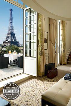 Best Big City Sleep: Shangri-La Paris, France