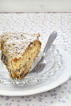 Recently Gone Vegan? Try These Simple Healthy Vegan Snacks Greek Sweets, Greek Desserts, Greek Recipes, Healthy Vegan Snacks, Delicious Vegan Recipes, Sweets Cake, Cupcake Cakes, Sweet Loaf Recipe, Apple Pie Cake