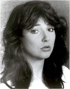 Kate - love this picture. She looks vulnerable Kate Bush Now, Top Artists, Music Artists, Uk Singles Chart, Rachel Weisz, Music Icon, Always And Forever, Paramore, Female Singers