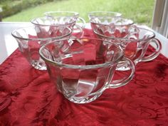 7 Anchor Hocking Clear Glass Punch Cups/Mugs Swirl Pattern
