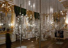 Mischer'Traxler fills V&A room with Curiosity Cloud installation