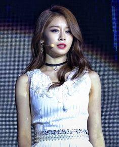 T Ara Jiyeon, Korean Star, Korean Beauty, Camisole Top, Chokers, Park, Female, Tank Tops, Women