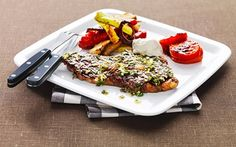 Entrecote i ugn - Recept - Arla Meatloaf, Plastic Cutting Board, Bbq, Yummy Food, Kitchen, Recipes, Green Garden, Barbecue, Cooking