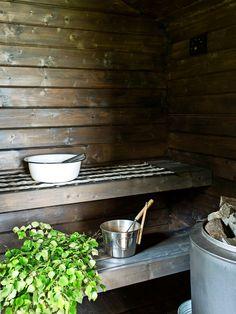 Tunnelmallisimmat mökkisaunat – katso kuvat! | Meillä kotona Tallit, Saunas, Scandinavian, Kitchen, House, Vacation, Recipes, Cooking, Vacations