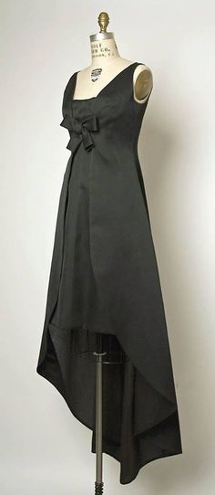 1960s DRESS (1967). Evening dress. Designed by Balenciaga. French. From http://www.metmuseum.org/collection/the-collection-online/search/95360?rpp=20&pg=22&ft=%2A&who=House+of+Balenciaga&img=2 #1960 #balenciaga #vintage