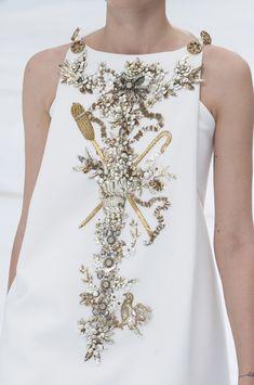 Chanel Haute Couture fall 2014                                                                                                                                                                                 Mais                                                                                                                                                                                 Mais