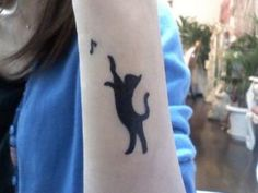 We, the cat lovers, have assembled the best cat tattoos EVER to honor our furry, cutey, wonderful feline friends. Enjoy these cat tattoos! Body Art Tattoos, New Tattoos, Sleeve Tattoos, Cool Tattoos, Tatoos, Tatuajes Tattoos, Black Cat Tattoos, Animal Tattoos, Wild Tattoo