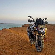 BMW R1200GS  Repost @micheldelcourt  Referentes del Dual Sport en Panamá!  #DualSportPty #DualSportPma #DualSportPanama #DualSport #BigTrail #Enduro #Motocross #DirtBike #SuperMotard #Panama #PanamaCity #Pty #Yamaha #Honda #Suzuki #Kawasaki #KTM #BMWMotorrad #Ducati #Triumph #Aprilia #Husqvarna #Instagram #InstaFoto #InstaPics #VisitaPanama #visitpanama