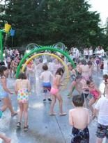 The Rivercrest and the Carnegie sprayparks in oregon city are open for the season. So is the outdoor wading pool at the city's aquatic center, 1121 Jackson St. The outdoor pool is free.  Rivercrest features in-ground and above-ground spray nozzles, water cannons, splash buckets and more. The park is open daily, through Labor Day, from 10 a.m. to 8 p.m.  -- weather permitting. Spray ground.