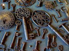 Mexico - antique keys