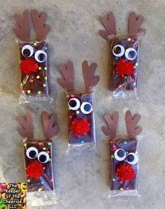 Rudolph Reindeer Brownies. What a great idea for a school party.
