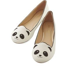 Kawaii Stroke of Genus Flat (140 RON) ❤ liked on Polyvore featuring shoes, flats, panda, white, flat pumps, sports shoes, flat loafers, vegan shoes and white loafers