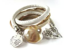 Lampwork bracelet Glass Jewelry, Glass Beads, Jewelry Necklaces, Jewellery, Bracelets, Lampworking, My Glass, Lampwork Beads, Boho Fashion