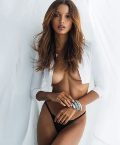 Jasmine Tookes Sexy & Topless Photos) via View new sexy and topless covered photos of Jasmine Tookes by Gilles Bensimon for Maxim Magazine (February Part 1 is here. Jasmine Tookes, Maxim Cover, Maxim Magazine, Magazine Editorial, Img Models, Vogue Models, Runway Models, Covergirl, Playboy