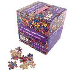 Das Unmögliche Puzzle ist selbst für Experten eine große Herausforderung. Die 550 fast identischen Teile müssen zu einem Ganzen zusammen gebaut werden. Ob bunte Schokoperlen oder Zuckerherzen: Wer aus den vielen Puzzleteilen ein Bild formen kann, darf sich ohne Frage den Meister des Puzzles nennen.