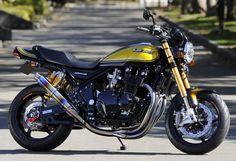 RCM-321 / ZEPHER1100 Vintage Motocross, Vintage Motorcycles, Custom Motorcycles, Custom Bikes, Cars And Motorcycles, Motos Kawasaki, Kawasaki Motorcycles, Retro Bikes, Cafe Racer
