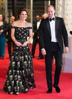 La Duquesa de Cambridge se codea con el mundo del cine: Su 'look' (y el de las actrices presentes), en los BAFTA