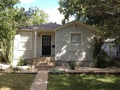 Charming Austin home: Wonderful Central spot near great local fav's Houses In Austin, Austin Homes, Shed, Outdoor Structures, Vacation, Explore, Lean To Shed, Vacations, Coops