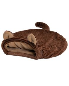 Nekochan's sleeping bag is designed for small dogs or cats that like to burrow