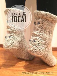 The Little Village: Katse kantapäihin - kaunis sukka syntyy pienellä vaivalla Knitted Slippers, Knit Or Crochet, Softies, Knitting Socks, Knit Socks, Needlework, Diy And Crafts, Upcycle, Weaving