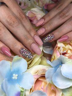 Swarovski,kő, sellőpor Nails, Beauty, Finger Nails, Ongles, Beauty Illustration, Nail, Nail Manicure