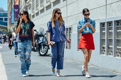 Tommy Ton's Best Street-Style Pics From the Men's Shows?url=http://www.style.com/slideshows/slideshows/street/tommy-ton/spring-2016-menswear/slides/10