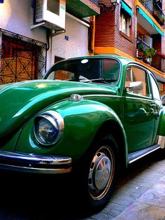 Emerald Gemstones Green, German VW Beetle, Bus and Fiat Topolino on top. Rate this from 1 to Emerald Gemstones 31 Go Green, Green Colors, Colours, Green Theme, Green Life, Vw Bugs, World Of Color, Color Of Life, Emerald City