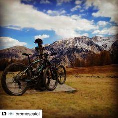 #Repost @promescaiol  Proprio brutte giornate per girare pedalare nella bellissima #valdisole !!!! Anche oggi le nostre #ebike sono arrivate in un posto spettacolare il #lagodicovel  #rideyourlife #promescaiol #emtb #nature #mountainbike #mountain #valdipejo #trentino #amazingview #havefun #photooftheday #instagood #sport #weekend