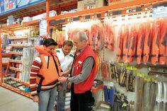 NAUTIC führt ein riesiges Sortiment an Qualitätsprodukten für Schiff und Crew. Mit über 3.000 Qualitätsprodukten ist NAUTIC inzwischen einer der umfangreichsten Anbieter für Produkte und Zubehör im Bereich des Segel- und Motorbootsports.