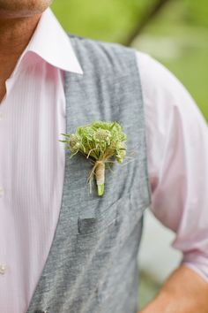 boutonniere + pink shirt (Photo by Kristyn Hogan)