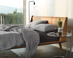 Scandinavian furniture and home décor inspired by Nordic living. Modern Bedroom Design, Bed Design, Japanese Home Decor, Bed Styling, Apartment Design, Luxury Bedding, Bed Frame, Furniture Design, Bedroom Decor