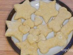 Recipe: Beefy Dog Treat Biscuits Diabetic Dog Treat Recipe, Dog Treat Recipes, Baby Food Recipes, Cake Recipes, Home Cooked Dog Food, Dry Dog Food, Pet Food, Vegan Dog Food, Diet