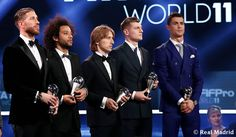 Kroos y Cristiano Football Awards, Fifa Football, Fotos Real Madrid, C Real, Real Madrid Wallpapers, Cristiano Ronaldo Cr7, Sports Celebrities, Gareth Bale, Soccer Players