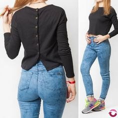 ULTIMA REMERA SAKURA $280 Solo negro morley finito elastizada cortita botones en espaldaNO VUELVE! NEW BALANCE 515 GRIS Ultimo par en 39 originales. Efec $2200 Tarjeta $2400 Local Belgrano Envios Efectivo y tarjetas Tienda Online http://www.oyuelito.com.ar #followme #oyuelitostore #stylish #styles #fashion #model #fashionista #fashionpost #ootd #moda #followme #clothing #instafashion #trendy #chic #girl #trends #outfitoftheday #selfie #newbalance515 #showroom #newbalance #loveit #look…