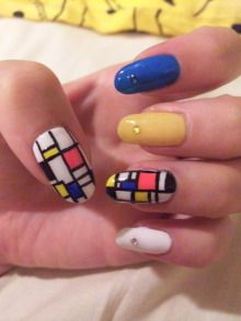 nail design inspired by Mondrian