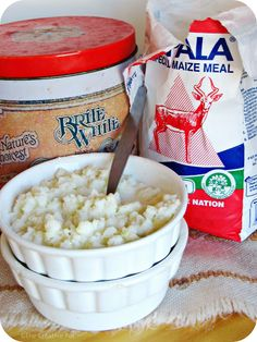 Krummelpap/Putu Pap (Crumbly porridge) by The Creative Pot South African Dishes, South African Recipes, Braai Recipes, Brunch Recipes, Recipe Box, Kos, Africa Day, Good Food, Hardboiled