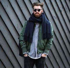 Winterlooks inspiration #menswear #mensstyle #streetstyle #winter #knitwear #wool #scarf #layers #blogger #fashionweek #bomberjacket #beard #style #ootd #bickleyandmitchell