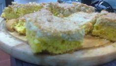 Para la masa:    75 grs de manteca  100 grs de azúcar  1/2 cucharadita de esencia de vainilla  2 yemas de huevo  180 grs de harin...