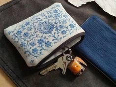 Indian Wood Block Print Coin Purse, Hand Printed Zipper Pouch in Indigo Blue | India Print Purse, Coin Pouch, Cotton Case, Something Blue by ForestAndSea on Etsy https://www.etsy.com/listing/241675802/indian-wood-block-print-coin-purse-hand