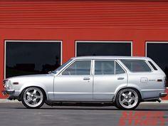 Mazda 808 13