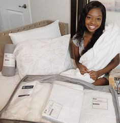 Sending love to @taylordion.t!! She is all set for college this fall. Find your Value Pak on ocm.com and tag us in your pics to be featured! 😁😙😴💃🏾  #bedroom #designgoals #ocmcollegelife #dormgoals #dormdecor #mattresstoppers #bedding #campusliving #findyourstyle #dorm #dormlife #student #universityapproved #studentlife #featured #ocmbedding #bedding #collegegirl