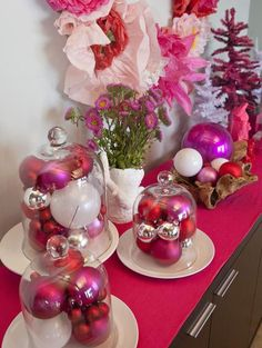 On HGTV's Celebrity Holiday Homes, Cheryl Burke shows the fun, feminine Christmas decor in her home. This festive Christmas buffet features hot pink ornaments, flowers and a handmade wreath. Christmas Buffet, Frugal Christmas, All Things Christmas, Holiday Crafts, Christmas Holidays, Christmas Ornaments, White Christmas, Christmas Ideas, Christmas Salon