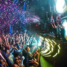 Live it up at #MarqueeMondays with #VCard!   #Vegas #LetsParty #VIP
