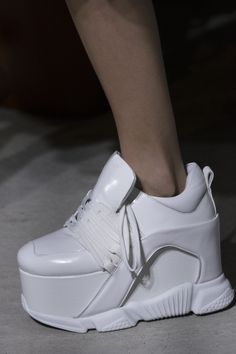 Marques' Almeida Fall 2018 Fashion Show Details - The Impression