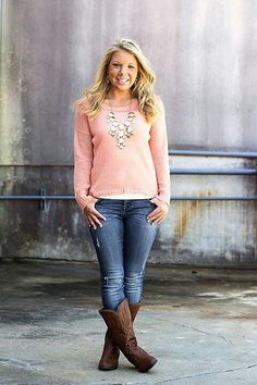 Love this outfit! Perfect for fall!