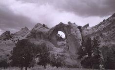 Window Rock by laurapalmerwashere.deviantart.com