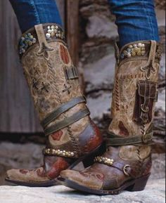 Double D Ranch~Lane Frontier Trapper Boots!
