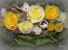 Decoratie voor Pasen Gerbera, Floral Arrangements, Floral Design, Candle Holders, Weaving, Bouquet, Candles, Spring, Flowers